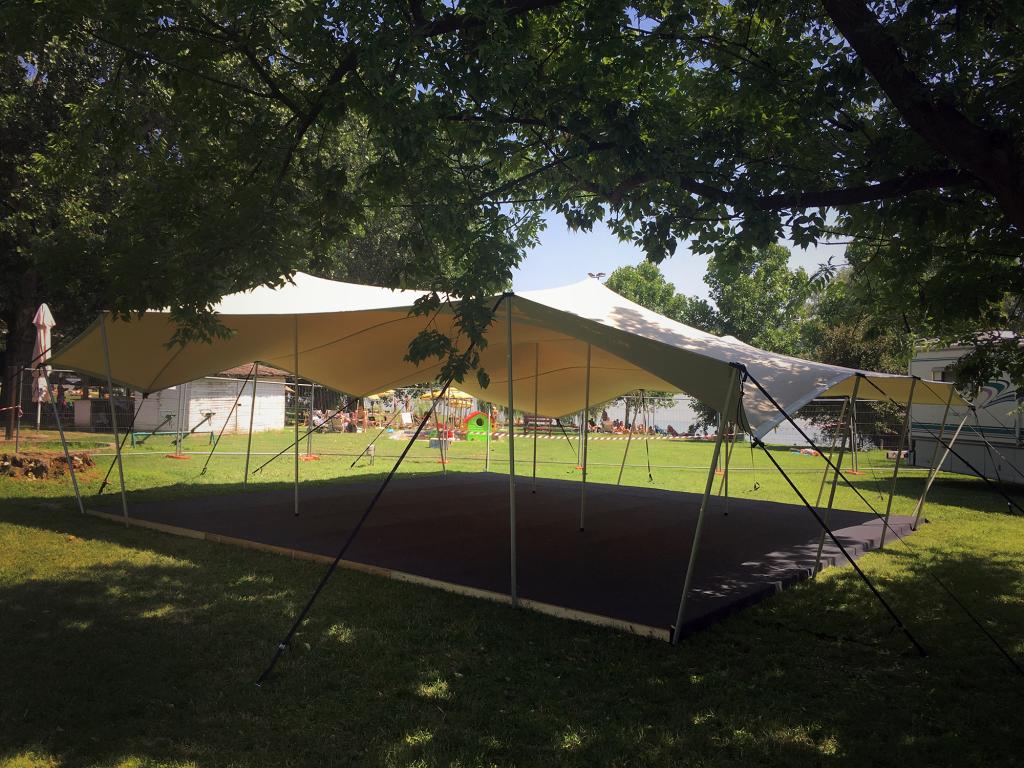 Strech Tent